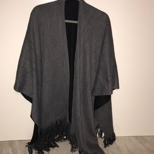 Accessories - Women's Shawl